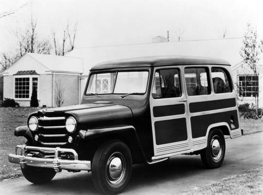 The Jeep station wagon that debuted in 1946 had metal sides, painted to look like a woodie.