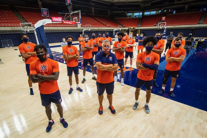 Auburn coach Bruce Pearl and his players did not practice on Thursday in support of the NBA's protest.