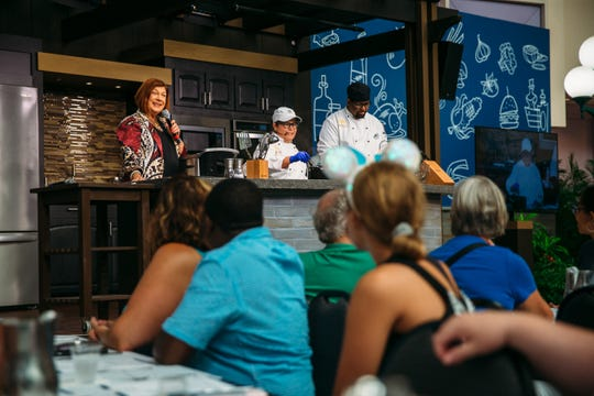 Celebrity Dining: There are hundreds of palms-on workshops the build you may enhance your cooking cred and learn from celeb chefs, bakers and mixologists.