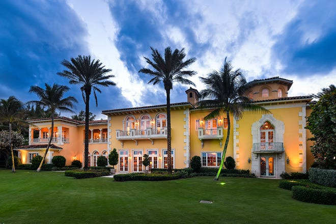 Casino and resort mogul Steve Wynn has homesteaded the Palm Beach mansion he bought, through an ownership company, for a recorded $43 million about a year ago at 1960 S. Ocean Blvd. The $50,000 homestead exemption has brought the property's proposed tax bill for 2020 to $630,494, based on a preliminary taxable value of $37.84 million.