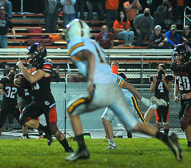 Adam Jarrett (left) and Dalton attempt to win an 11th straight WCAL contest this week versus Smithville.