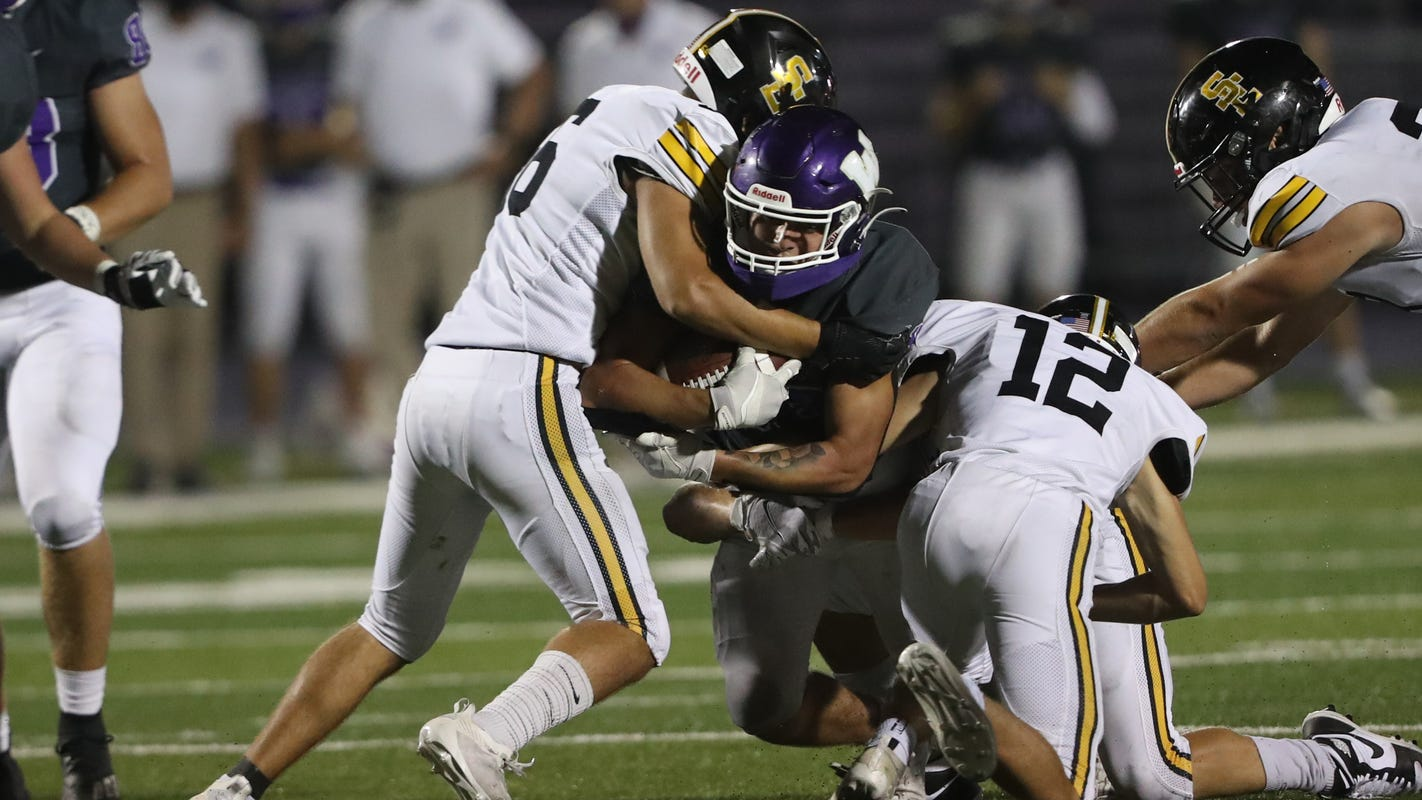 Iowa high school football: Predictions for every Week 4 game around the CIML