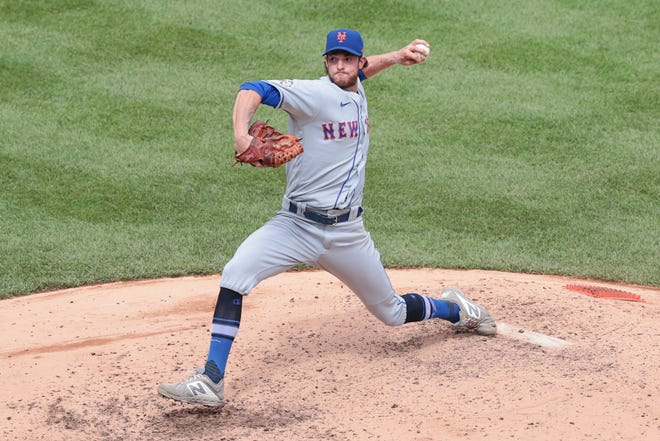 Aug 29, 2020; Bronx, New York, USA; New York Mets pitcher Steven Matz pitches during the fifth inning against the New York Yankees at Yankee Stadium.