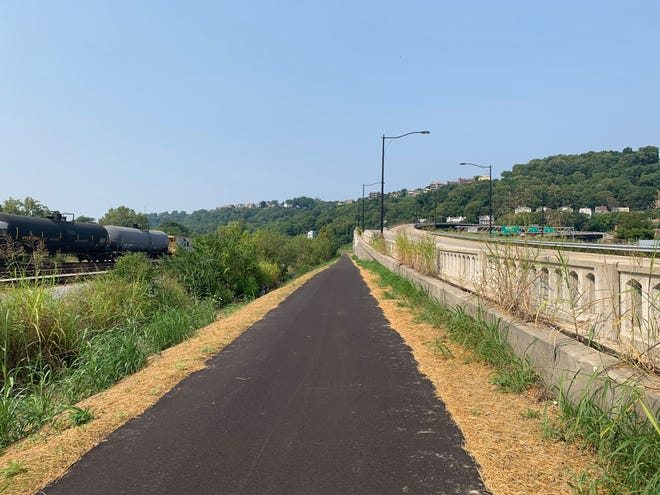 Price Hill's portionof the Ohio River Trail West was dedicated by Cincinnati Mayor John Cranley on Saturday morning.