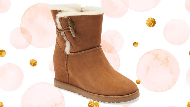 Today's your last day to save on these UGGs.