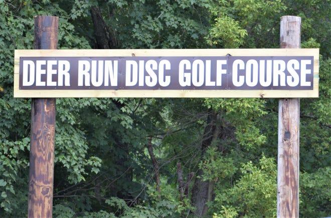 disc golf course sign