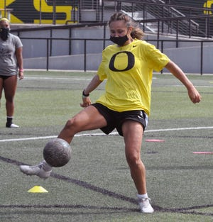 Oregon freshman forward Callan Harrington comes to Oregon from Jesuit in Portland where she set high school state records for goals, assists and points. [Reilly Wadsworth/UO Athletics]