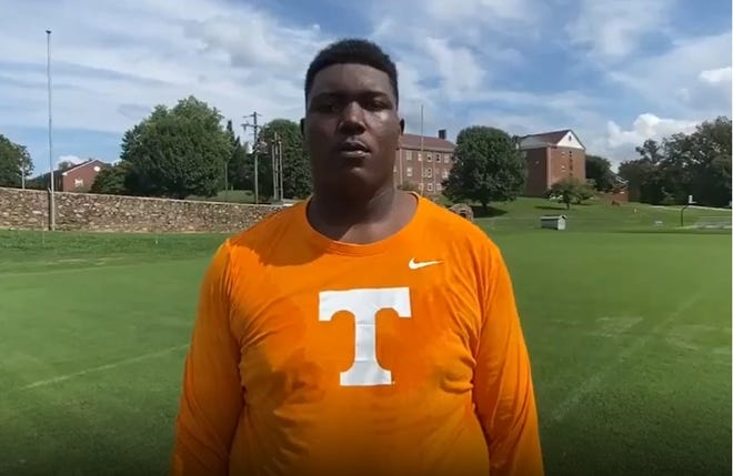 Auburn-turned-Tennessee offensive line commit J'Marion Gooch.