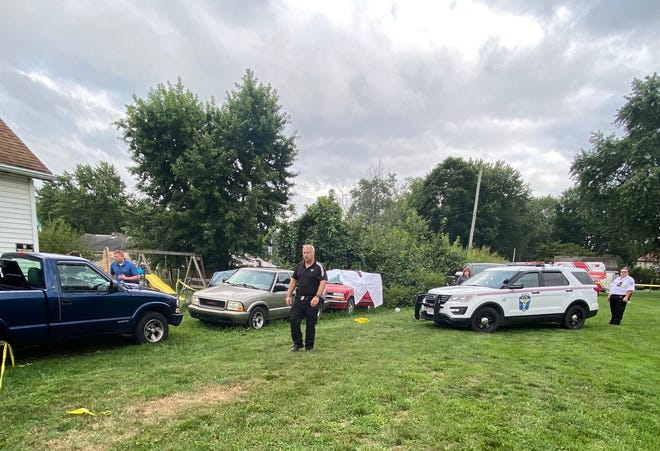 The Zanesville Police Department is investigating a body that was found on Ridge Avenue Monday afternoon.