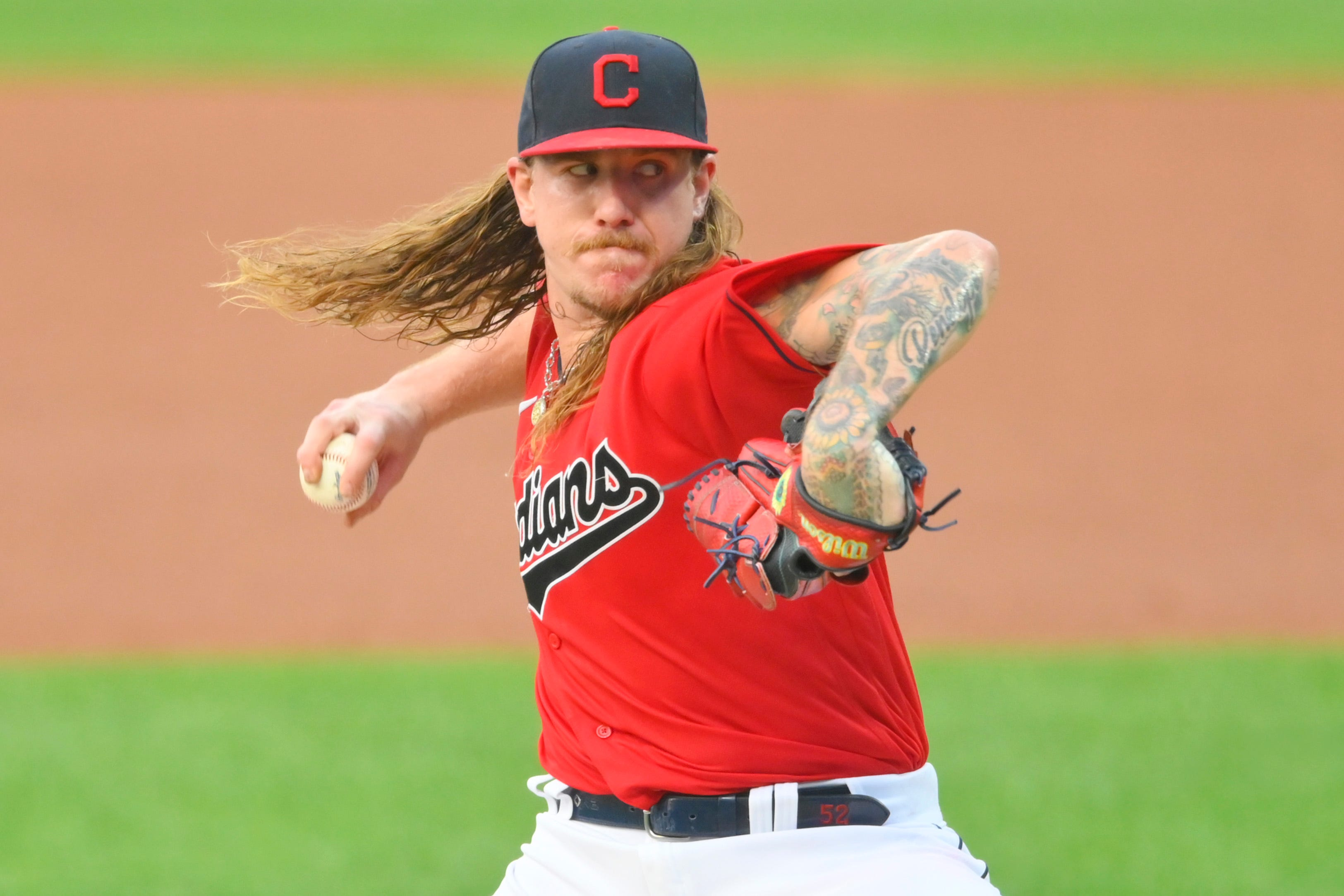Mike Clevinger goes to Padres in trade with Indians