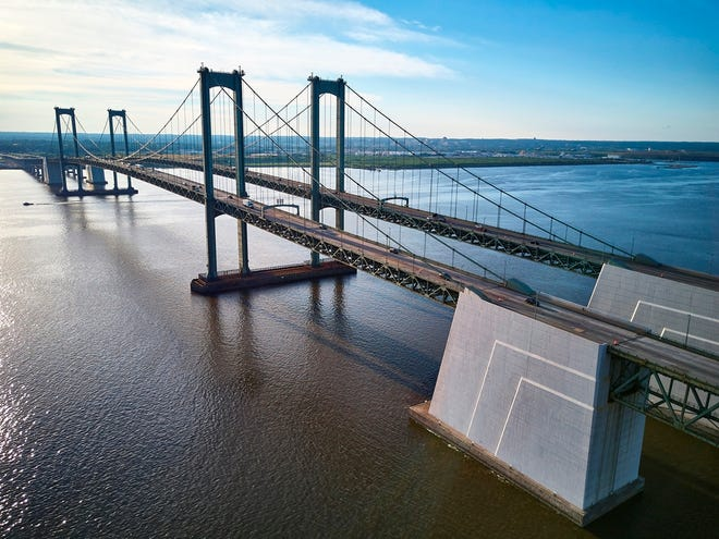 Delaware River and Bay Authority contractor J.D. Eckman Inc. of Atglen, Pennsylvania, will begin the Ultra High Performance Concrete deck overlay pilot construction project on the New Jersey-bound Span of the Delaware Memorial Bridge beginning Sept. 8 and continuing through Oct. 9.