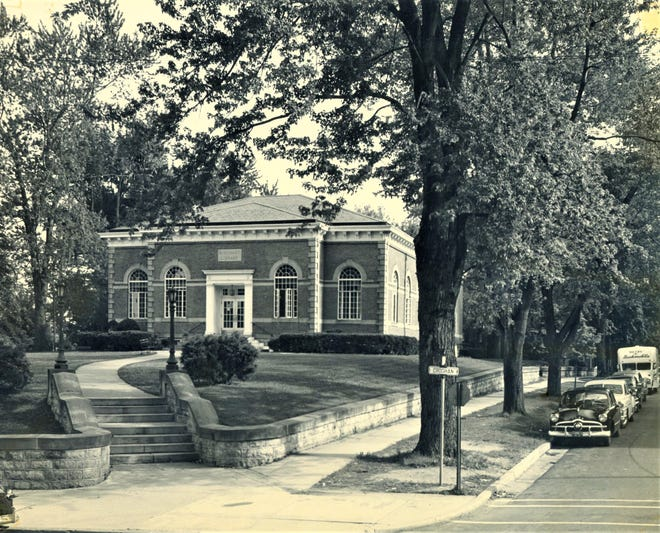 Birchard Library as it stood in the 1950s.