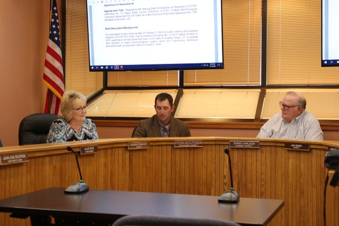 From left:District 5 County Commissioner Susan Crockett, District 4 County Commissioner Steve McCutcheon and County Commission Chairperson Ernie Carlson during the Sept. 1, 2020 meeting in Carlsbad.