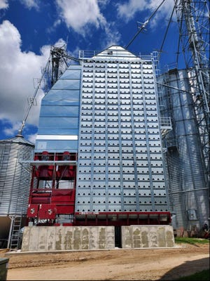 St. Croix County dairy and crop farm Ter-Rae Farms, Inc. collaborated with FOCUS ON ENERGY®, Wisconsin's energy efficiency and renewable energy program, and Trade Ally contractor Lodermeier's, Inc. to purchase and install a more energy-efficient grain dryer.
