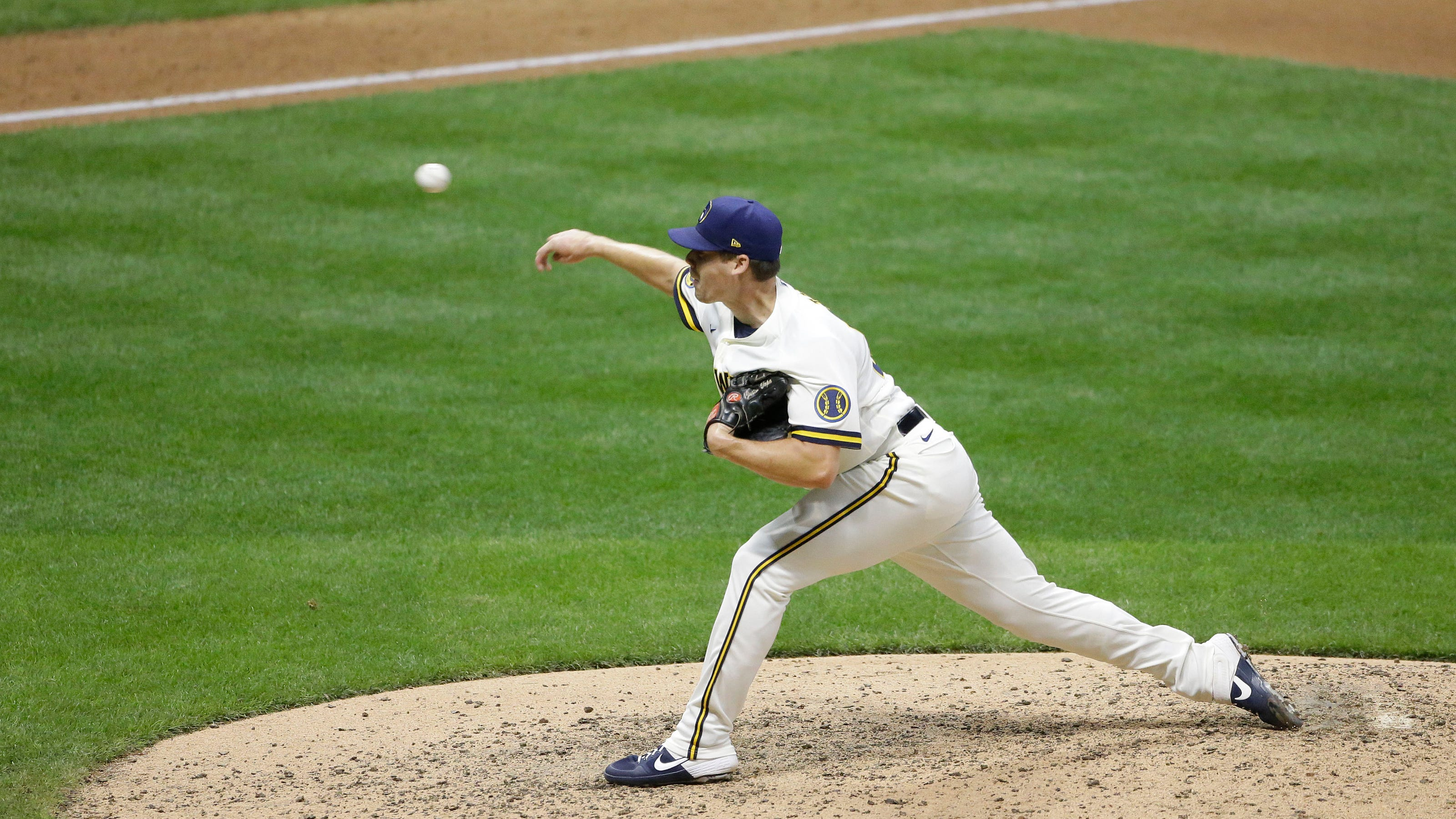Milwaukee Brewers' Justin Topa pitches two innings in MLB debut