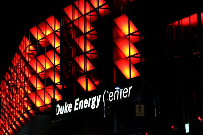 Duke Energy will replace a high-voltage power line that crosses Interstate 275 and the Ohio River during the next three weekends.