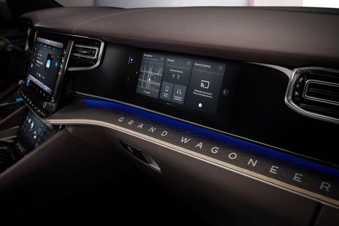 Los pasajeros del Grand Wagoneer Concept tienen una pantalla táctil de 10.25 pulgadas.