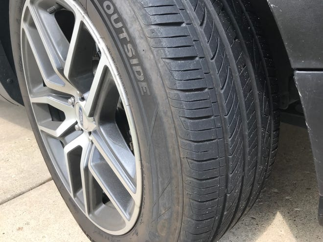 Tire illustration