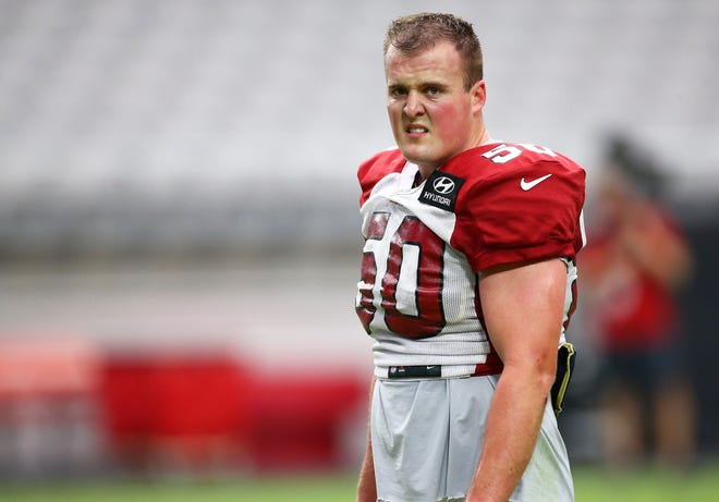 The Arizona Cardinals resigned linebacker Evan Weaver, the team's 2020 sixth-round pick, to the practice squad.