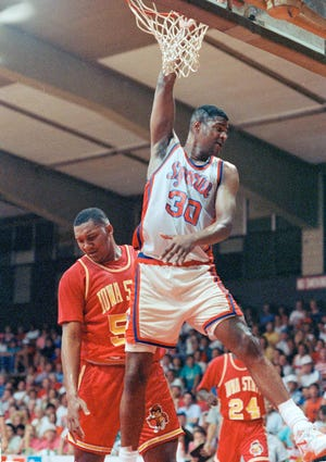 Former Carlisle High School standout Billy Owens is seen here during his playing days at Syracuse. Owens' son will also play for Syracuse.