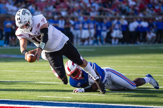 Archbishop Wood graduate Anthony Russo, shown here scoring a touchdown against SMU last season, is ready to lead Temple for one more season.