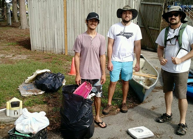 Volunteers work a Keep Lake Beautiful Event in 2018. [Keep Lake Beautiful]