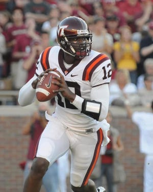 Virginia Tech quarterback Cory Holt looks for a receiver in a game against Florida State. Holt is one of five inductees in the 2020 class of the Lexington Senior High School Hall of Fame.