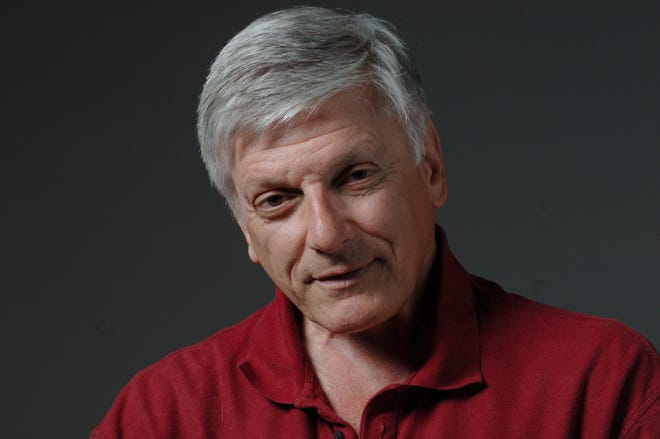 Tony Sauro, who as a reporter, columnist and features writer for The Stockton Record for 45 years, died Aug. 28 at his north Stockton home. He was 72.