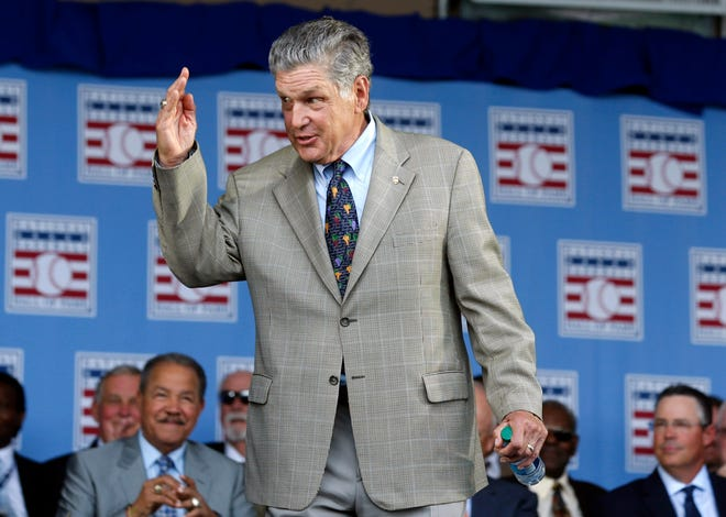 In this July 26, 2015, photo, Tom Seaver arrives for an induction ceremony at the Baseball Hall of Fame in Cooperstown, N.Y. [AP Photo/Mike Groll]