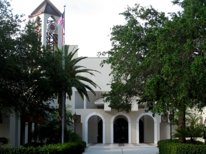 The Venice City Council will discuss proposed changes to the city charter, when they meet Tuesday.