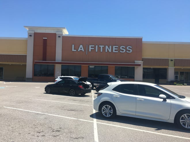 Jacaranda Plaza, the Venice retail center that was once home to LA Fitness and Kmart, is getting a fitness studio, a new nail salon and a Burlington Coat Factory.