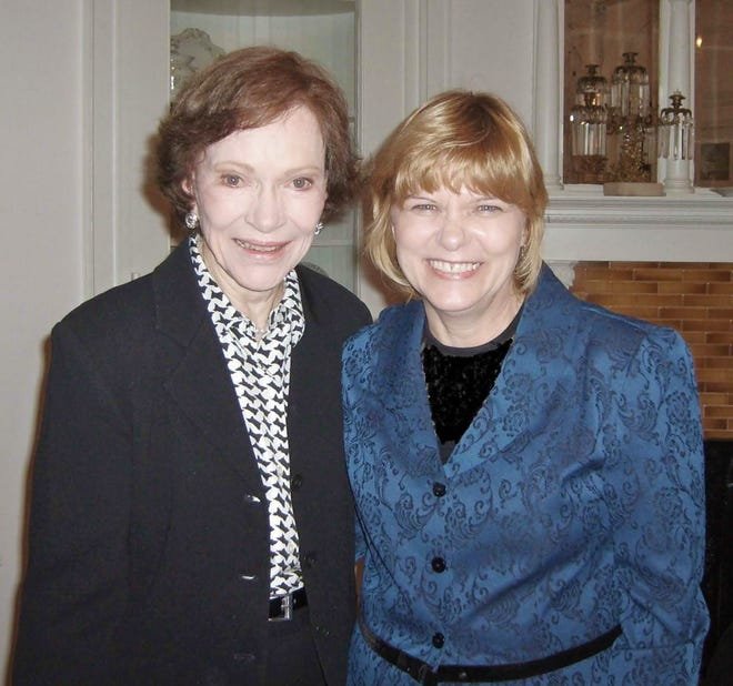 COA's Paulette Kozlowski and former First Lady Rosalynn Carter at a grant award ceremony in 2009.