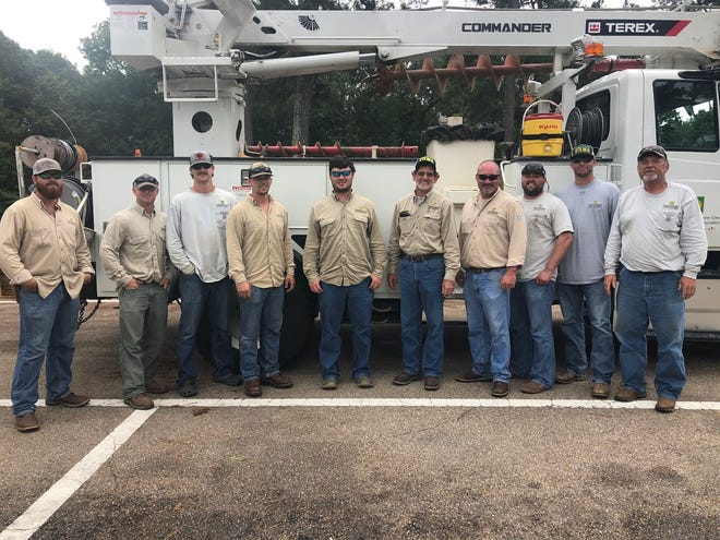 The crew from STEMC that went included Elijah Stearns, Bobby Stewart, Tanner Cary, William Flannagan, J.B. Friedman, Foreman Steve Priddy, Clay Beasley, Ricky Hutcherson, Donald Young and Larry Cross.