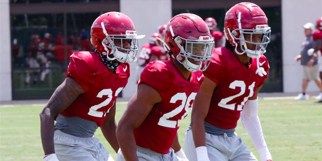 Ronald Williams Jr., at far left, is one of many candidates to fill a hole in Alabama's secondary. He's photographed here in UA's August 22, 2020, practice.