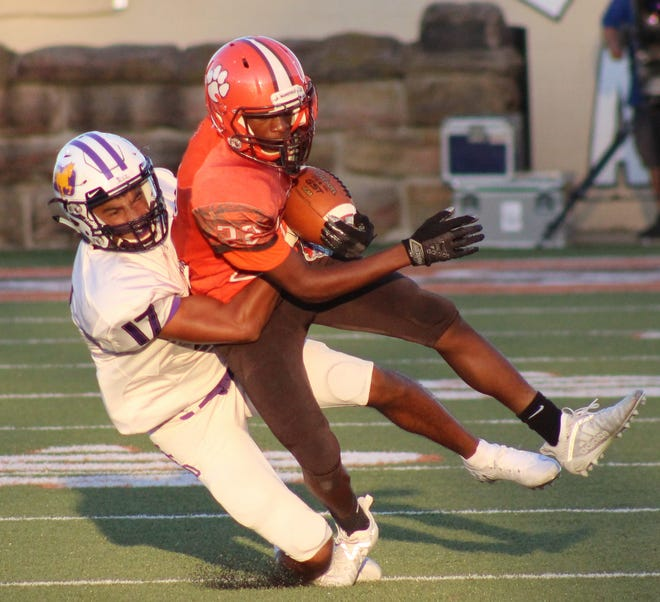 Mansfield Senior's Amarr Davis had a huge game in Week 1 and will look to make an early imprint in the Lexington/Mansfield Senior Rivalry on Friday night.