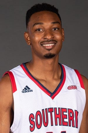 Harrison grad Michael Rogers II joins the USI men's basketball program after spending the past two seasons at Vincennes University.