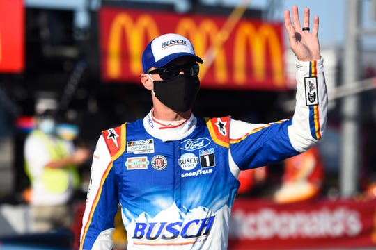 Kevin Harvick opens the 2020 NASCAR Cup Series playoff with a win in the Cook Out Southern 500 at Darlington Raceway.