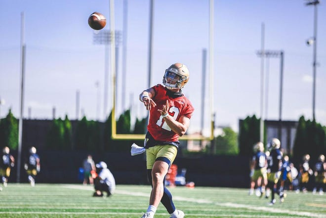Redshirt-senior quarterback Ian Book will look to lead the No. 5 Fighting Irish to a victory over the Seminoles on Saturday.