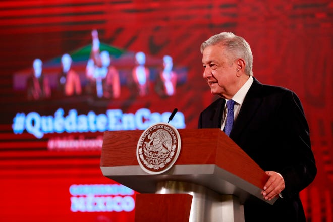 El presidente de México, Andrés Manuel López Obrador, habla durante su conferencia matutina en el Palacio Nacional, en Ciudad de México.