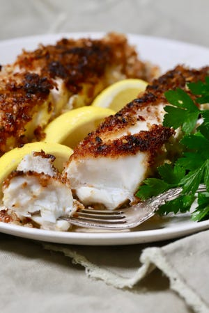 Fresh grouper fillets are coated in crunchy pecans and crispy panko with minimum effort.