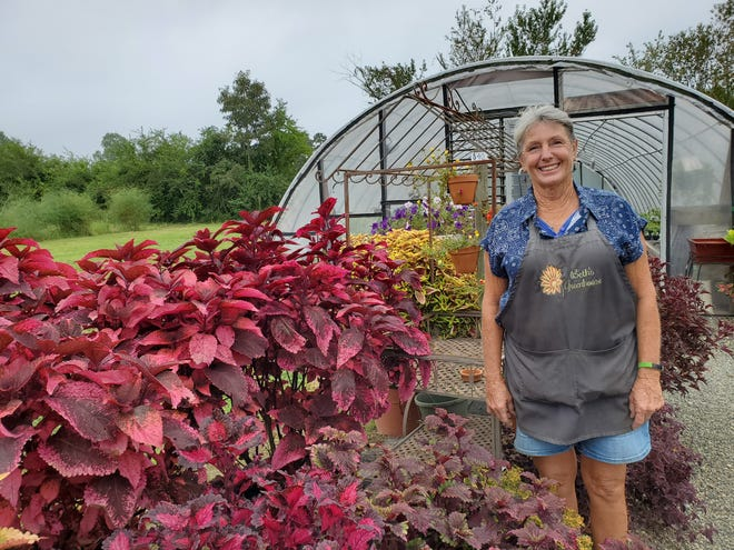 Beth Leonard will sell her last flower and pot her last plant Sept. 14 at her Welcome community-based Beth's Greenhouse. She has sold her business after 32 years and will retire.