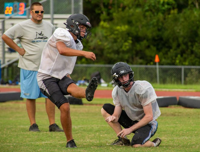 Ponte Vedra kicker Davis Ashcroft boots a field goal in practice. Ashcroft, ranked the No. 1 kicker in the nation for the 2023 class, scored a 52-yard attempt Friday.