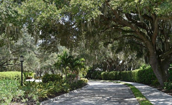 Beekman Place is one of north Sarasota's most attractive neighborhoods.