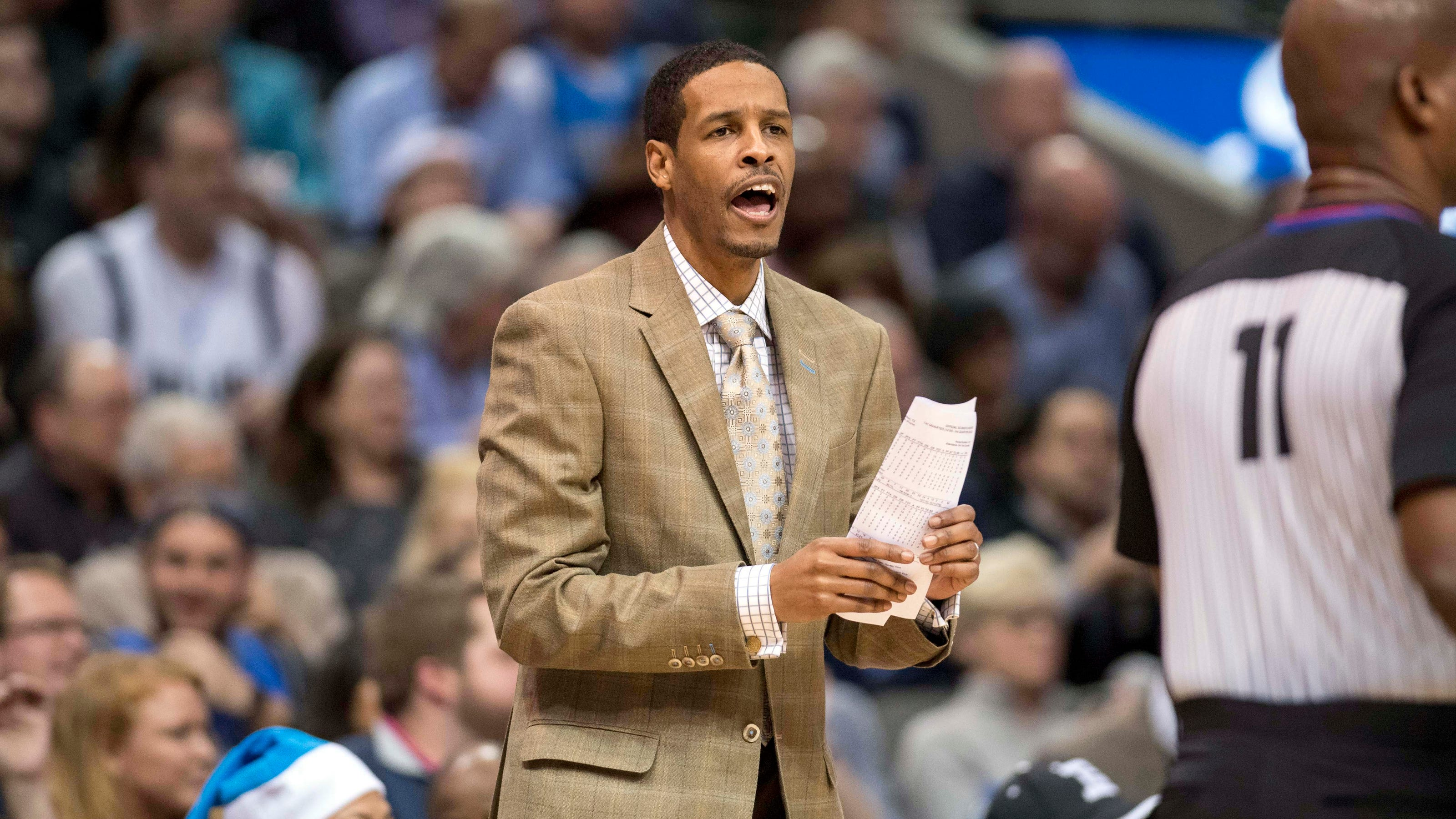 Houston Rockets new coach Stephen Silas, son of Paul Silas