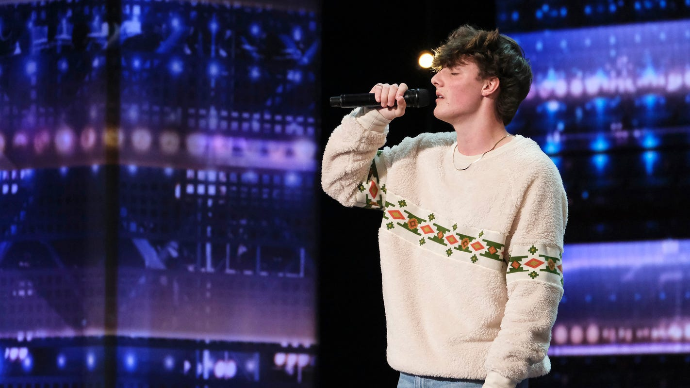 'AGT': Thomas Day's wild card opportunity called 'unfair' by fans after he nails Billie Eilish song – USA TODAY