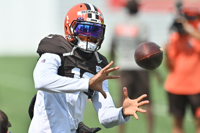 Browns wide receiver Odell Beckham Jr. (13) catches a pass during training camp at the Cleveland Browns training facility on Aug. 27.