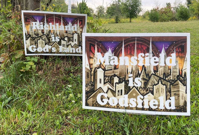 The Richland Community Prayer Network is distributing yard signs that encourage churches to pray with one another.