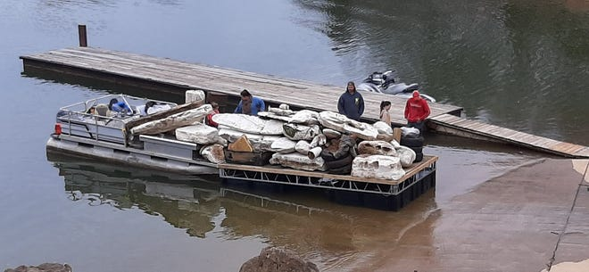 This cleanup at Norris Lake was in spring.