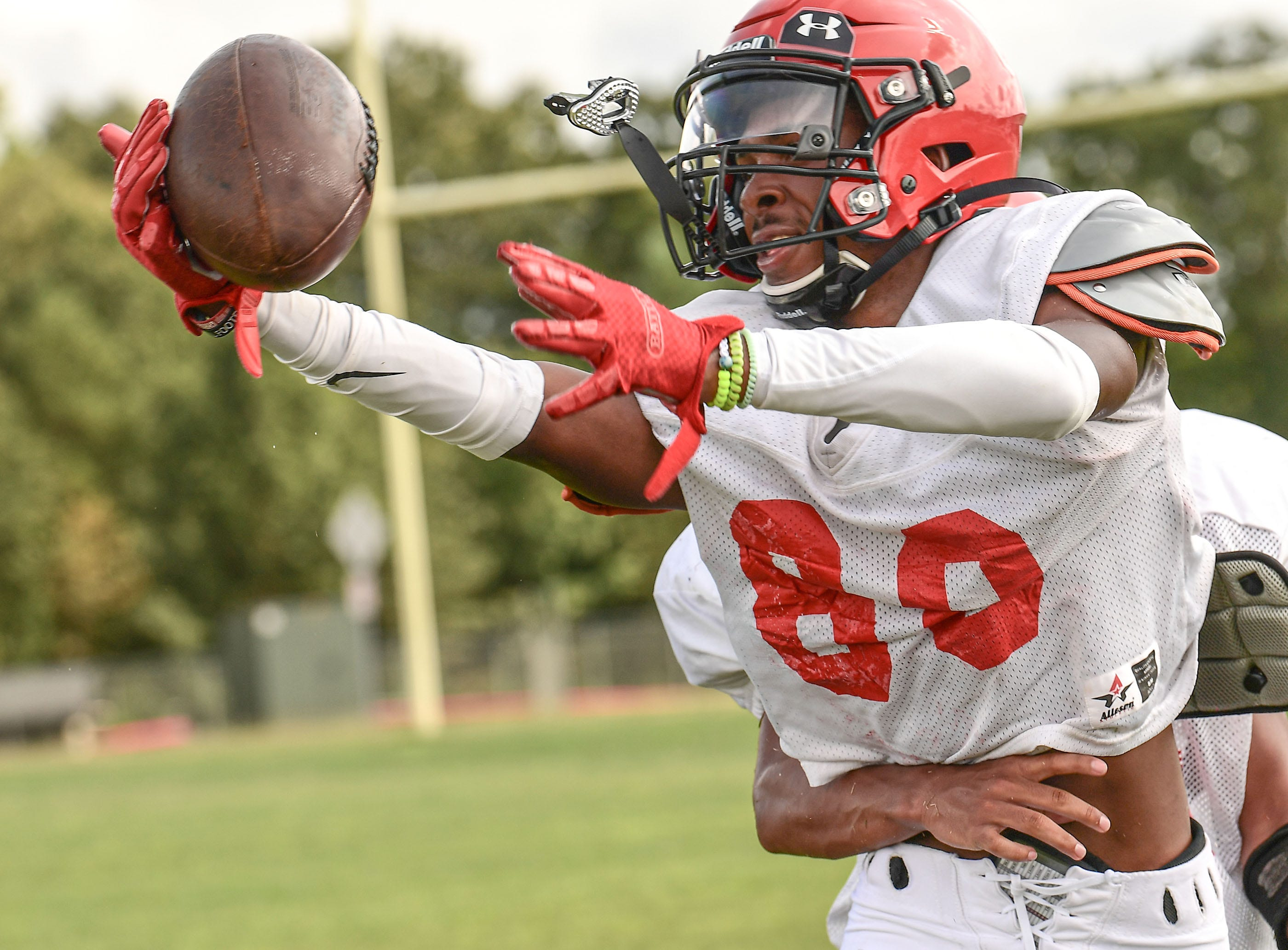 Liberty football wide receiver Shaimaine Jamison catches a ball during practice in Liberty, S.C. September 2020.