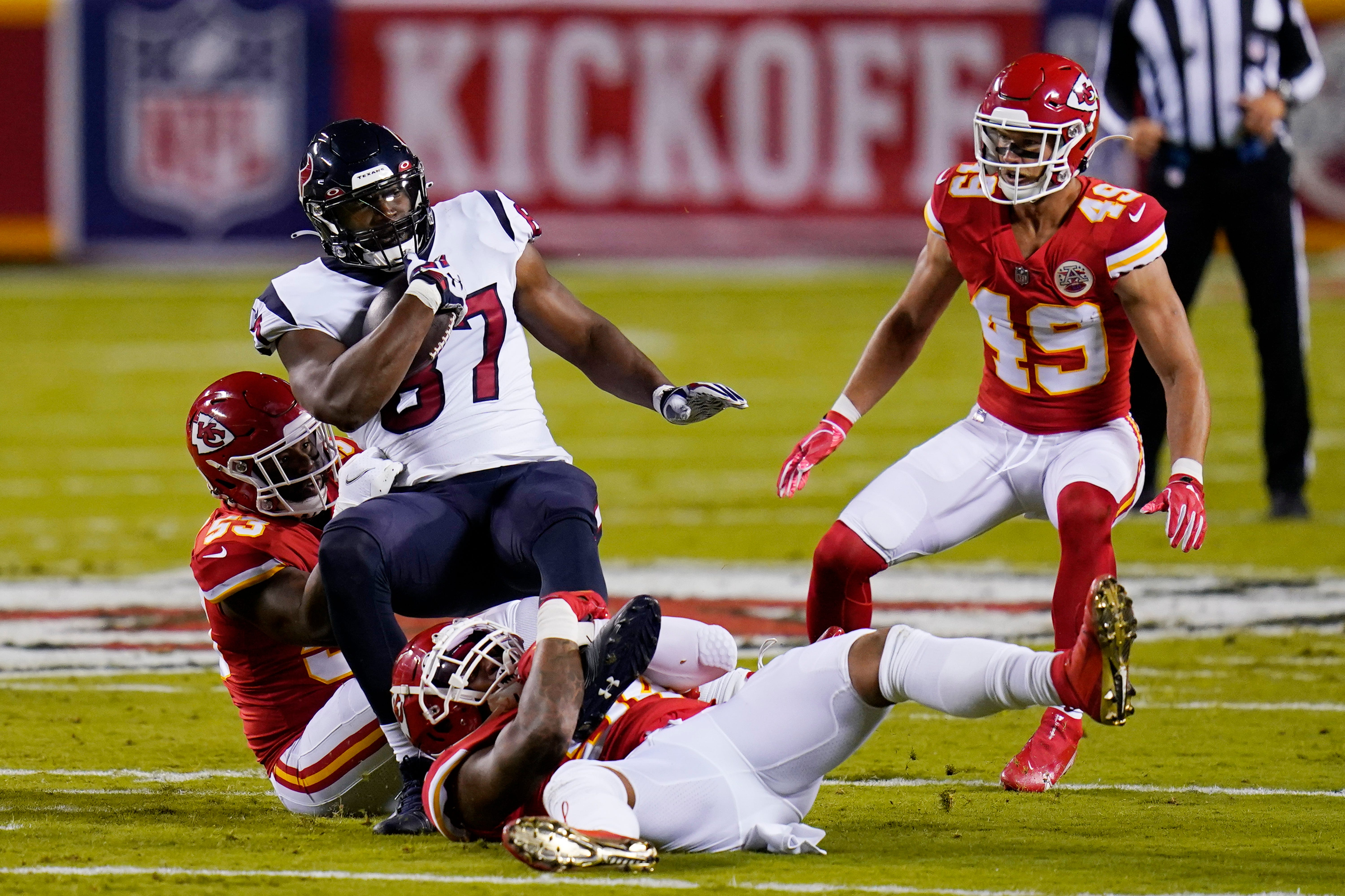 Houston Texans vs. Kansas City Chiefs live blog: Score updates, highlights from NFL kickoff game